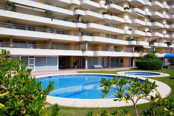 For Rent Apartment Phenicia